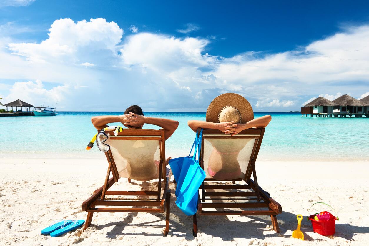 61eea179c41bf Fim de ano combina com férias, praia, sol e mar. Para a maioria das  pessoas, a época marca o início de uma temporada de descanso, perfeita para  divertir e ...